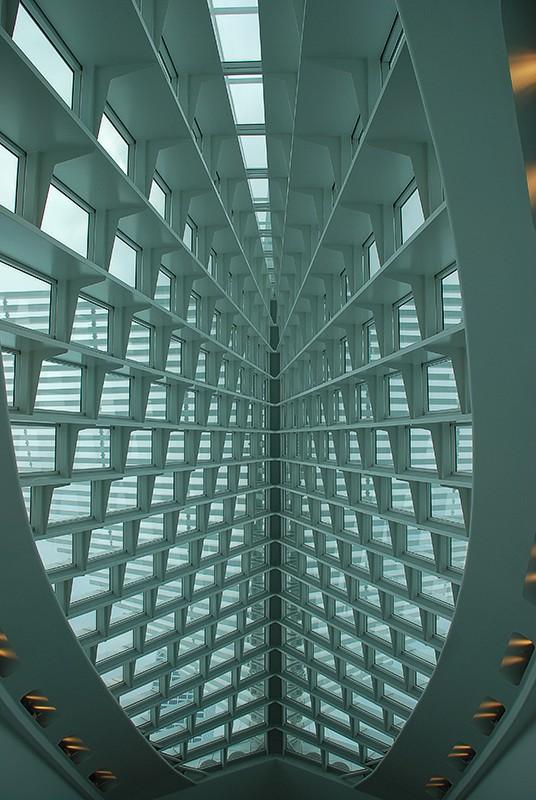 slides/calatrava-DSC_0128.jpg  calatrava-DSC_0128