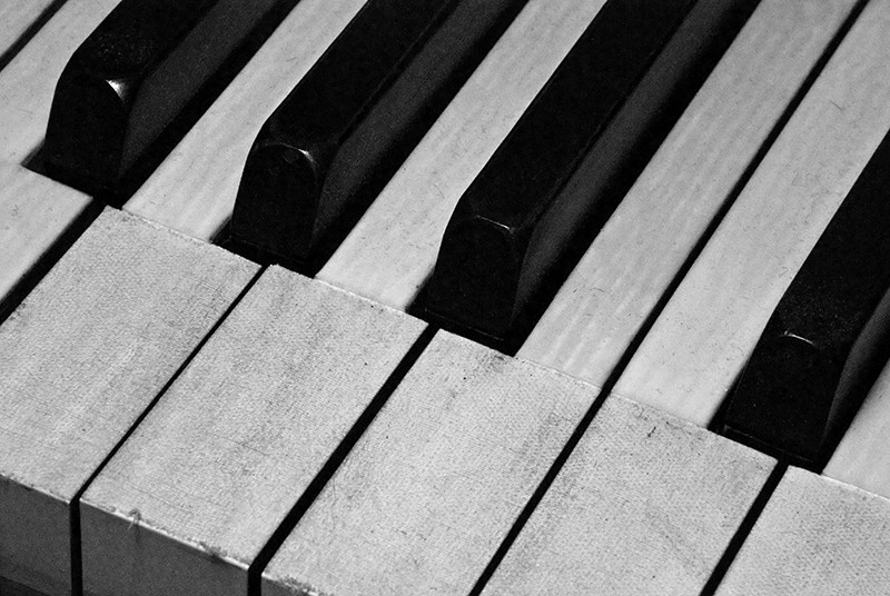 slides/pkeys01sm.jpg B&W Black and White Piano pkeys01sm