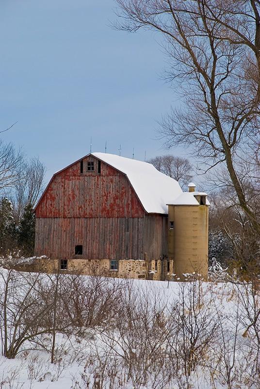 slides/Red_Barn.jpg Nikon snow winter Red_Barn
