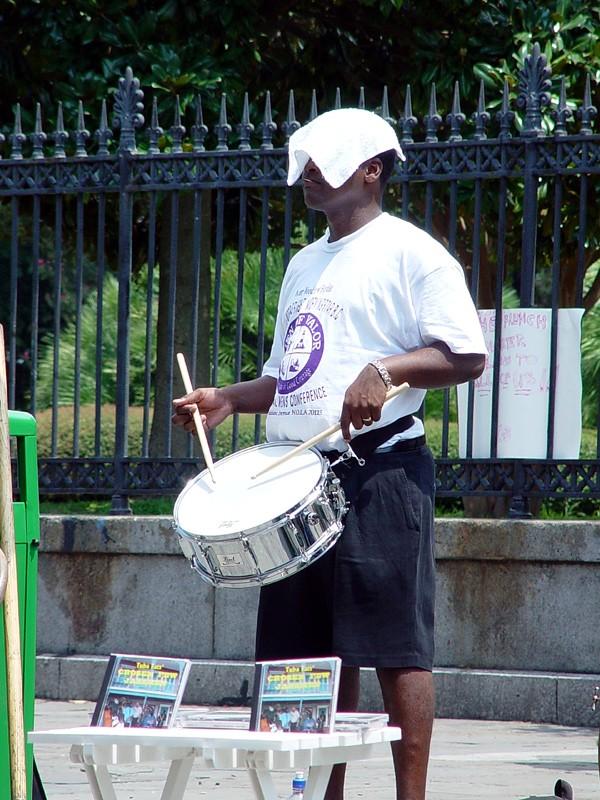 slides/streetmusic1.jpg  streetmusic1