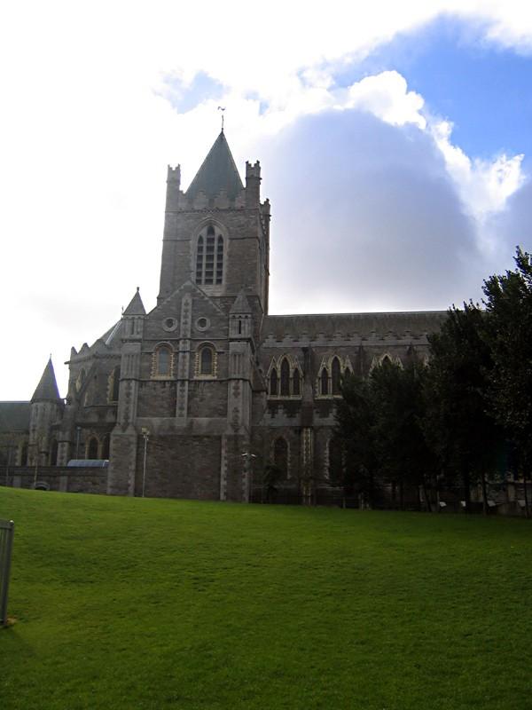 slides/another-church-in-dublin.jpg  another-church-in-dublin