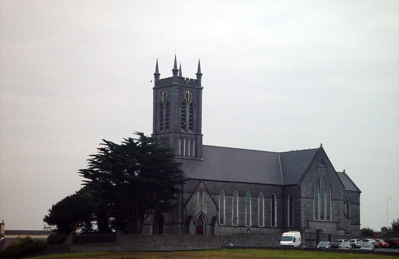 slides/church-in-ballinasloe.jpg  church-in-ballinasloe