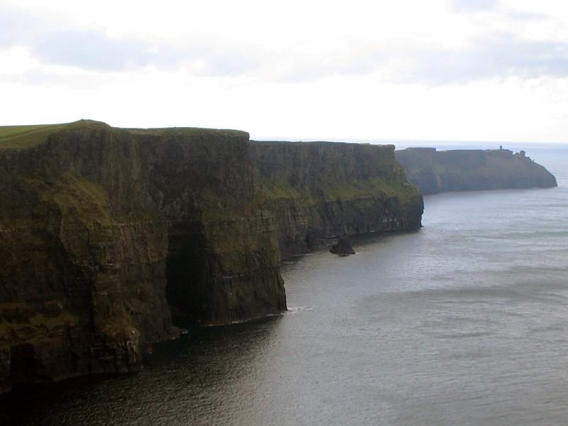 slides/cliffs-of-moher-c3.jpg  cliffs-of-moher-c3