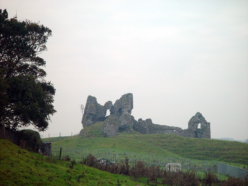 slides/clonmacnois-ruins20.jpg  clonmacnois-ruins20