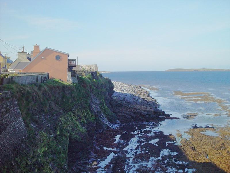 slides/coastal-view.jpg  coastal-view