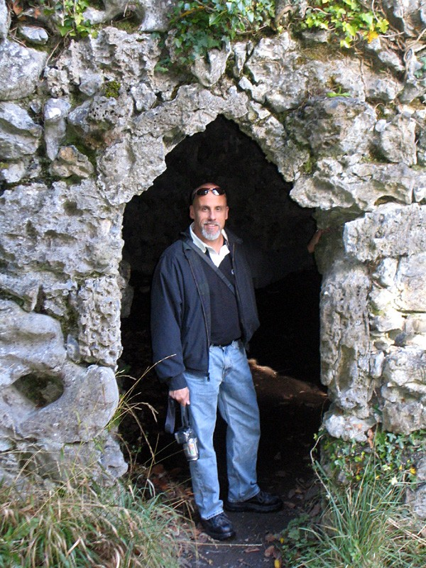 slides/hermits-grotto-dromoland.jpg  hermits-grotto-dromoland