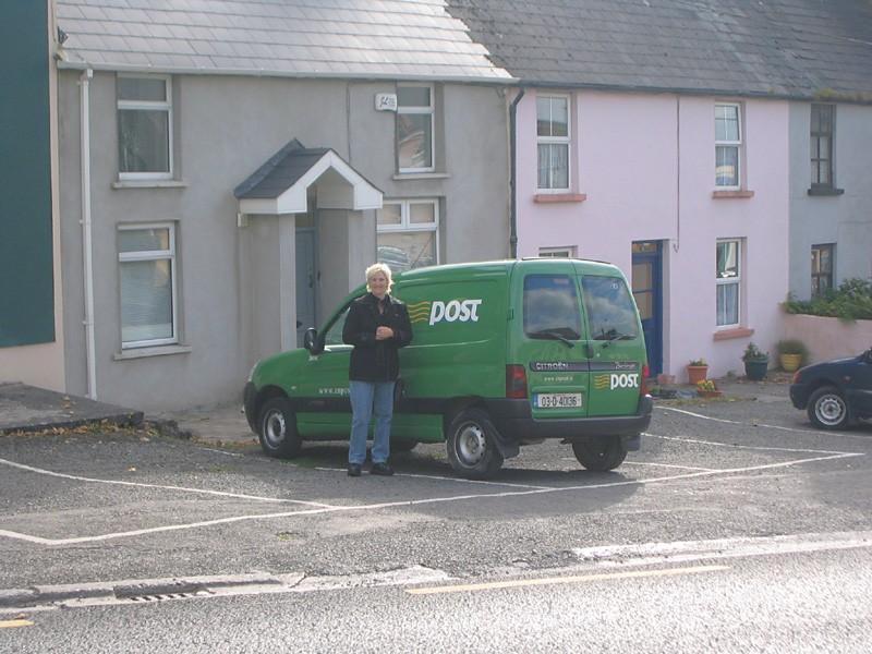 slides/mail-truck.jpg  mail-truck
