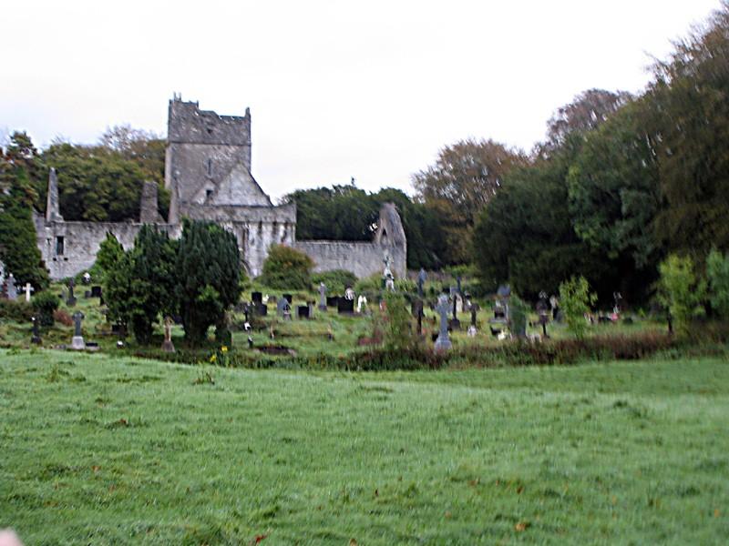 slides/muckross-graveyard.jpg  muckross-graveyard