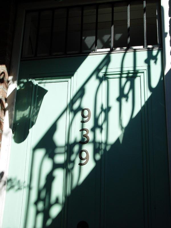 slides/shadow.jpg  shadow